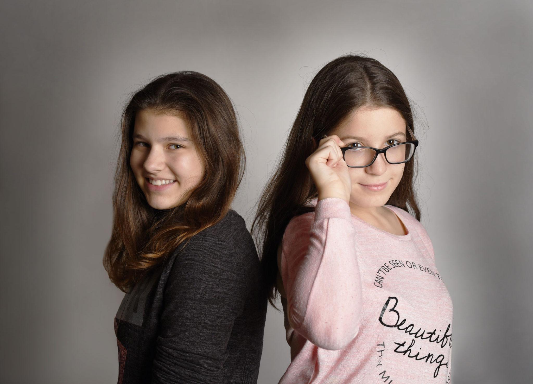 zdjęcie studyjne w krakowie best friends